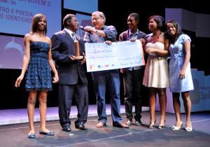 Colégio Estadual Casa Jovem conquista Prêmio Escola Voluntária