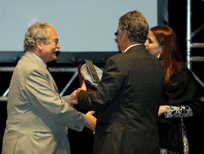 11/2006 - Prêmio Destaque