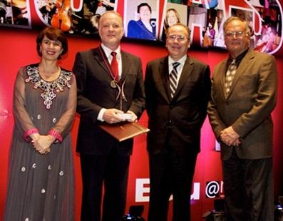 04/2014 - Prêmio Nacional e Latino-americano de Excelência Educativa
