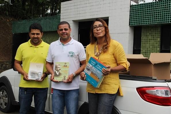 Fundação Odebrecht promove doação de livros para Casas Familiares