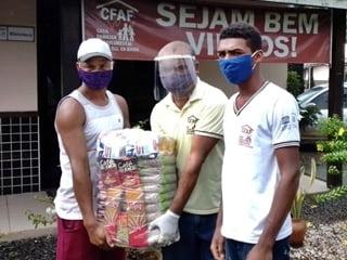 Covid-19: mais de 300 famílias estão sendo beneficiadas com doações no Baixo Sul da Bahia