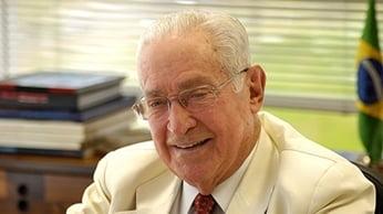 Grupo Odebrecht divulga cuaderno especial en homenaje al centenario de Norberto Odebrecht