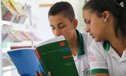 Libros valoran y divulgan cultura del Grupo Odebrecht