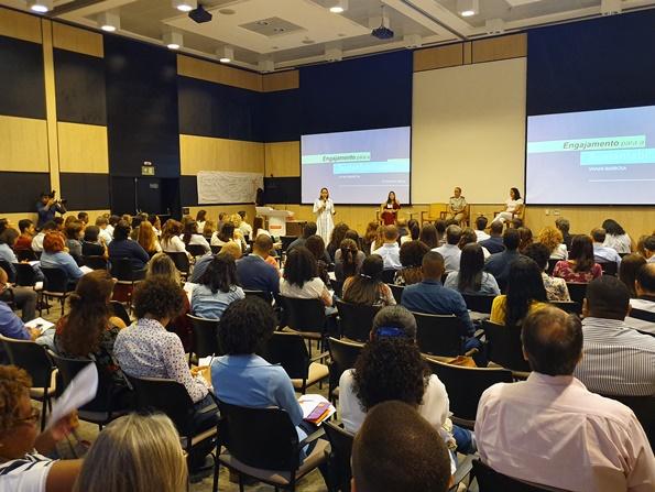 Avaliação de impactos social do PDCIS em evento de comunicação corporativa